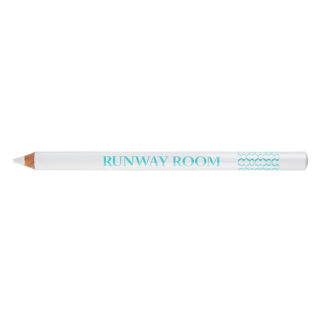 Studio 7 Dancewear + Runaway Room Eye Definer Pencil