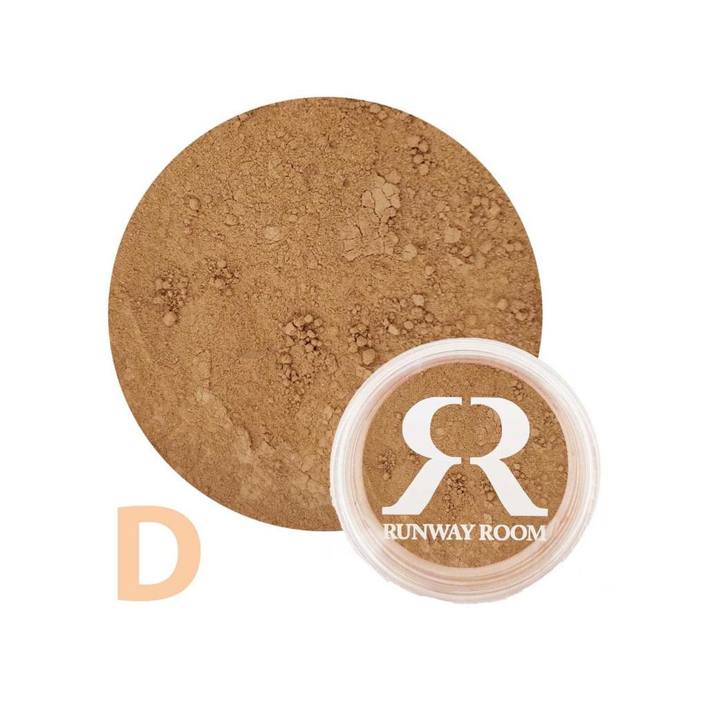 Studio 7 Dancewear + Runaway Room Mineral Powder Foundation