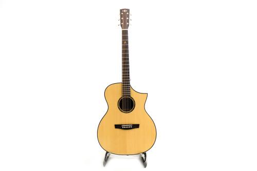 Hex F400CE G NATURAL Acoustic Guitar w/Fishman EQ