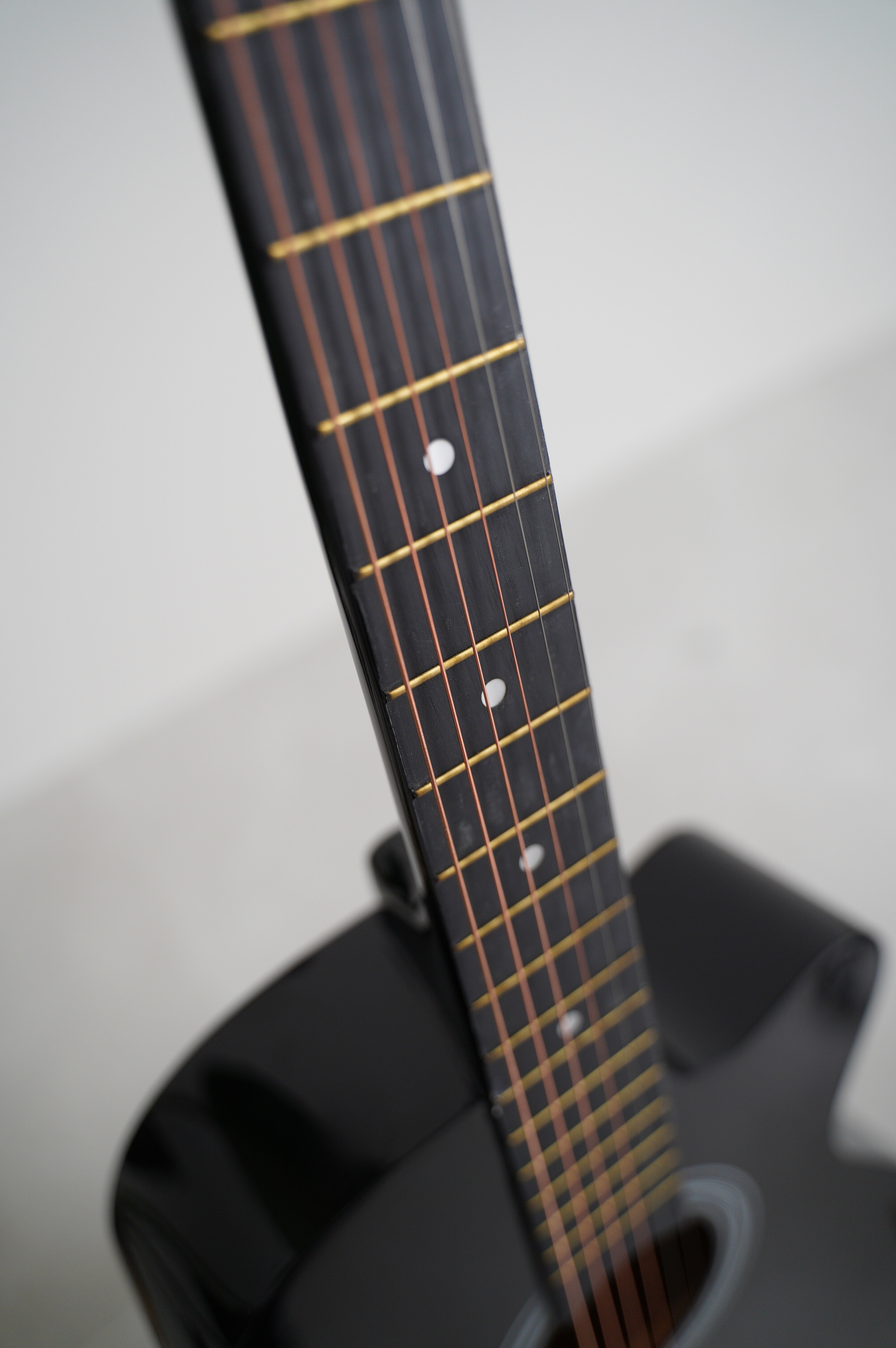 moly-ag-38-bk-acoustic-guitar-singapore-2.jpg