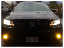 2013-vw-jetta-led-headlight-and-fog-light-upgrade-yellow-fogs-sm.jpg