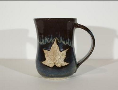 Mug - Red- Maple Leaf