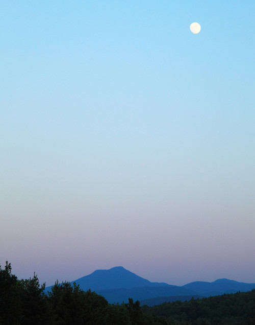 Camels Hump Moon - Williston, VT