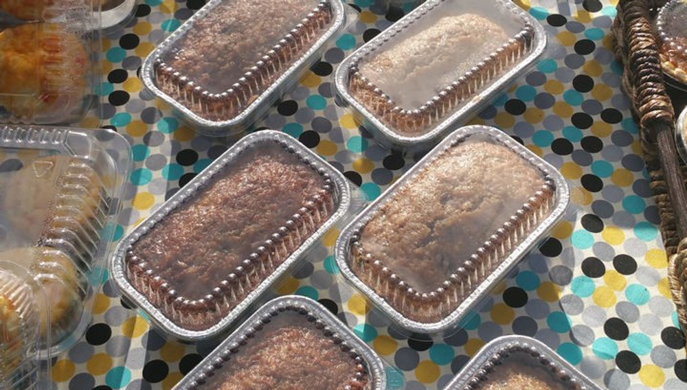 Disposable Aluminum Foil  1 lb. Mini Loaf Pan with Plastic Dome Lid  #5000P
