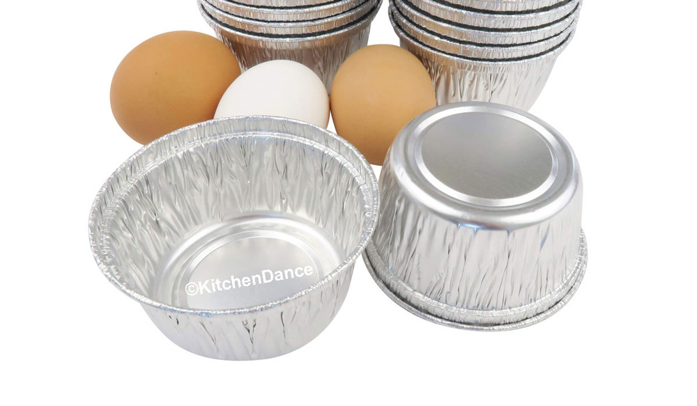 disposable aluminum foil 4 oz. cupcake bowls, souffle cups, individual serving size dessert cups, small baking cups