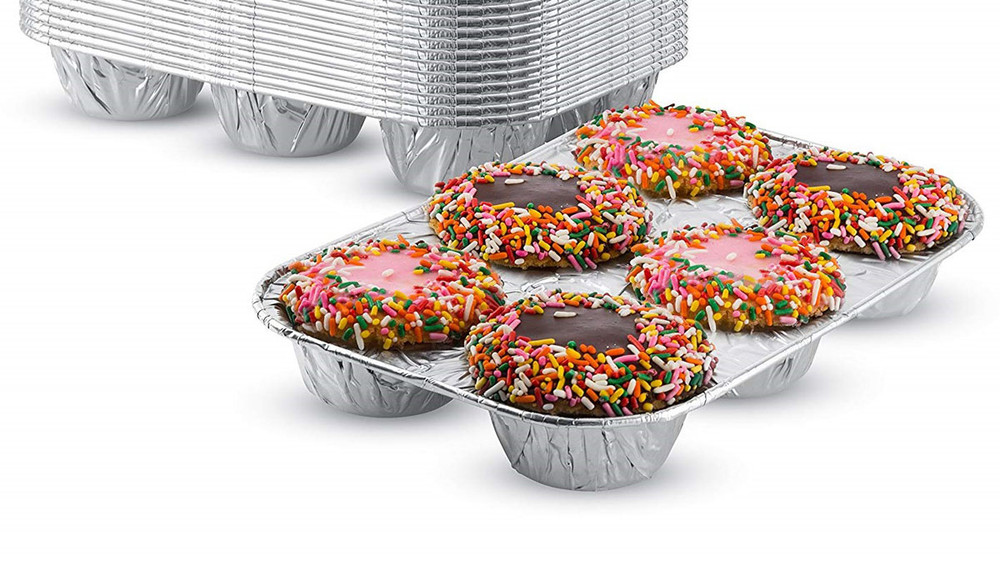 Disposable Aluminum Foil 6 Cup Muffin Pan  #1500