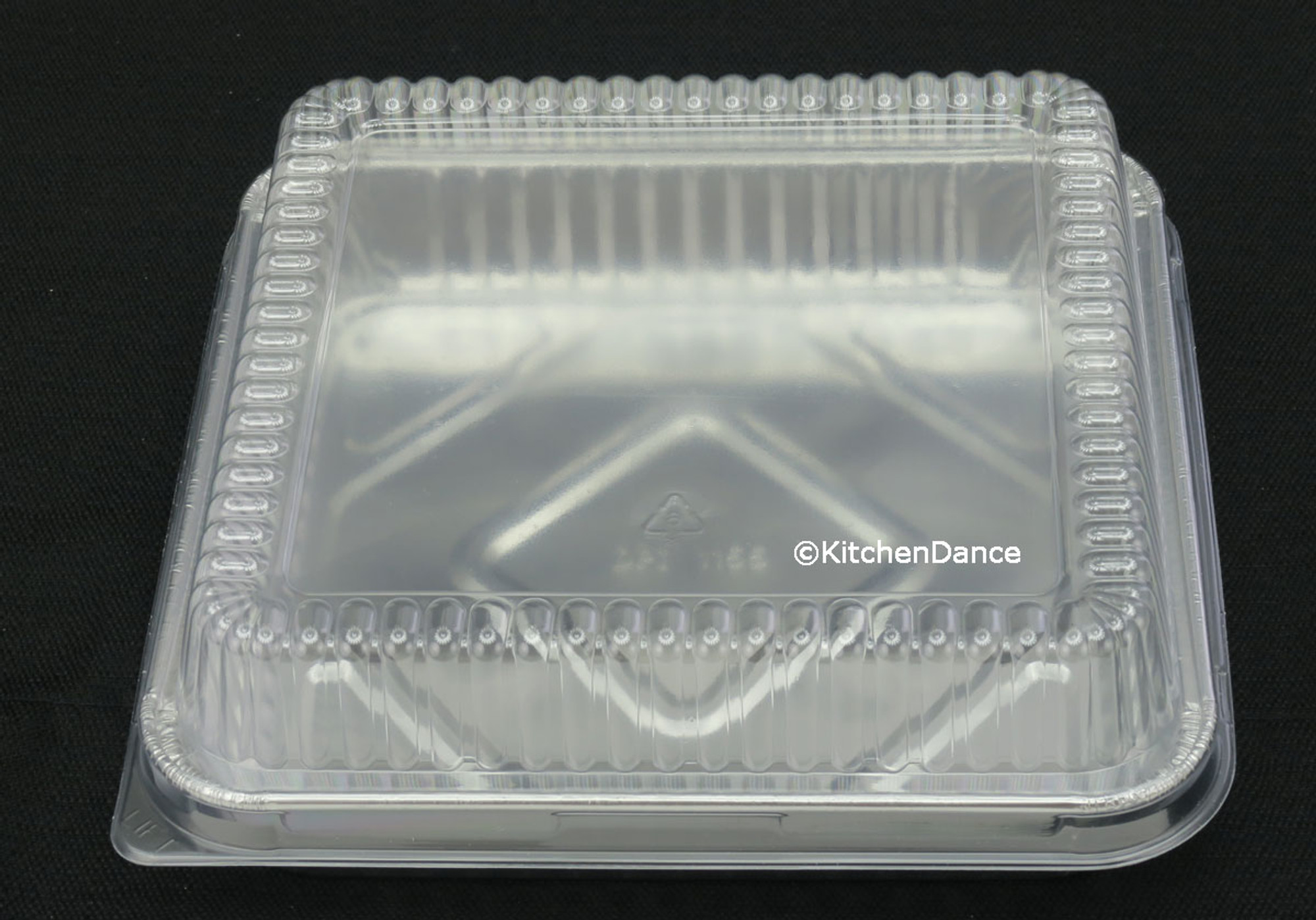 8 Quot Square Cake Pan With Plastic Lid