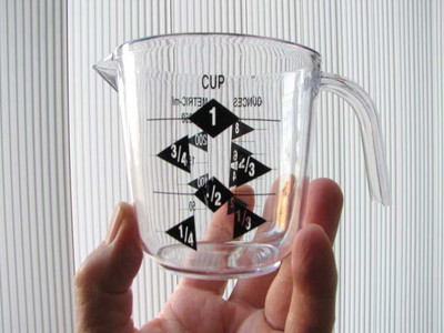 Plastic Measuring Cup - 1-cup