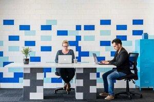 block dividers in meeting room
