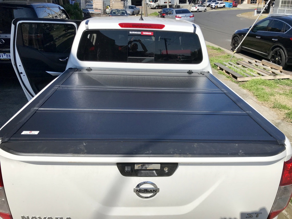 Quad-Fold Hard Lid Tonneau Cover for Nissan Navara NP300 D23 2015-2019