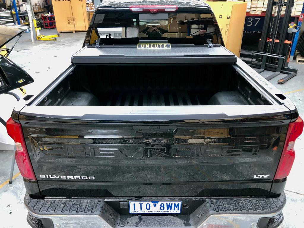Quad-Fold Hard Lid Tonneau Cover For Chevrolet Silverado 2500 2014-2021