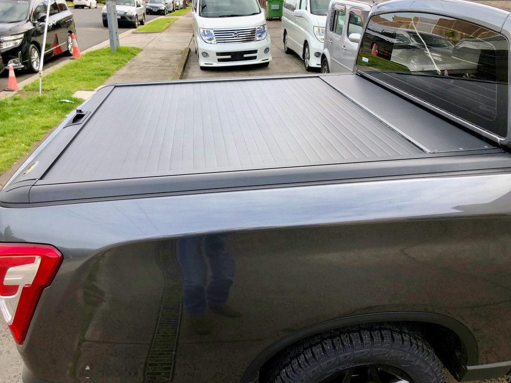 Gen2 Black Roller Lid Shutter For Nissan Navara NP300 D23 2021+