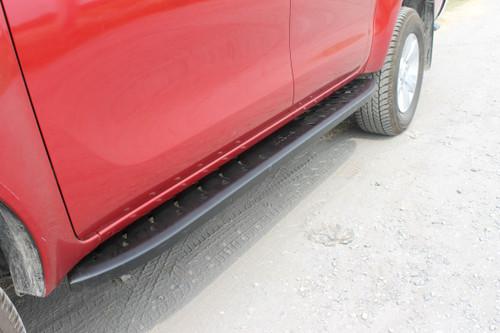 Black Shark Running Boards / Side Steps For Toyota Hilux 2015-2020