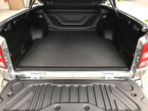 Tub Mat For Mitsubishi Triton MR 2019+