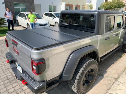 Tri-Fold Hard Lid Tonneau Cover for Jeep Gladiator 2020+
