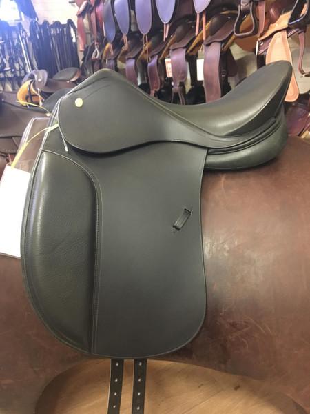 Ambassador Dressage Saddle