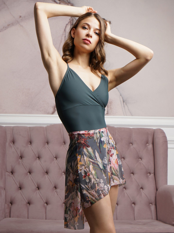 Mid High-Low Skirt Forest Lilies RTW