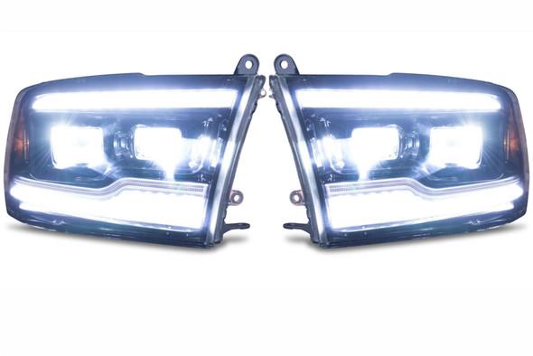 Dodge Ram Morimoto koplampen brandend voorkant