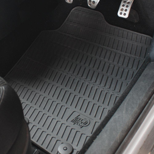 fitted-rubber-car-mats-image.jpg