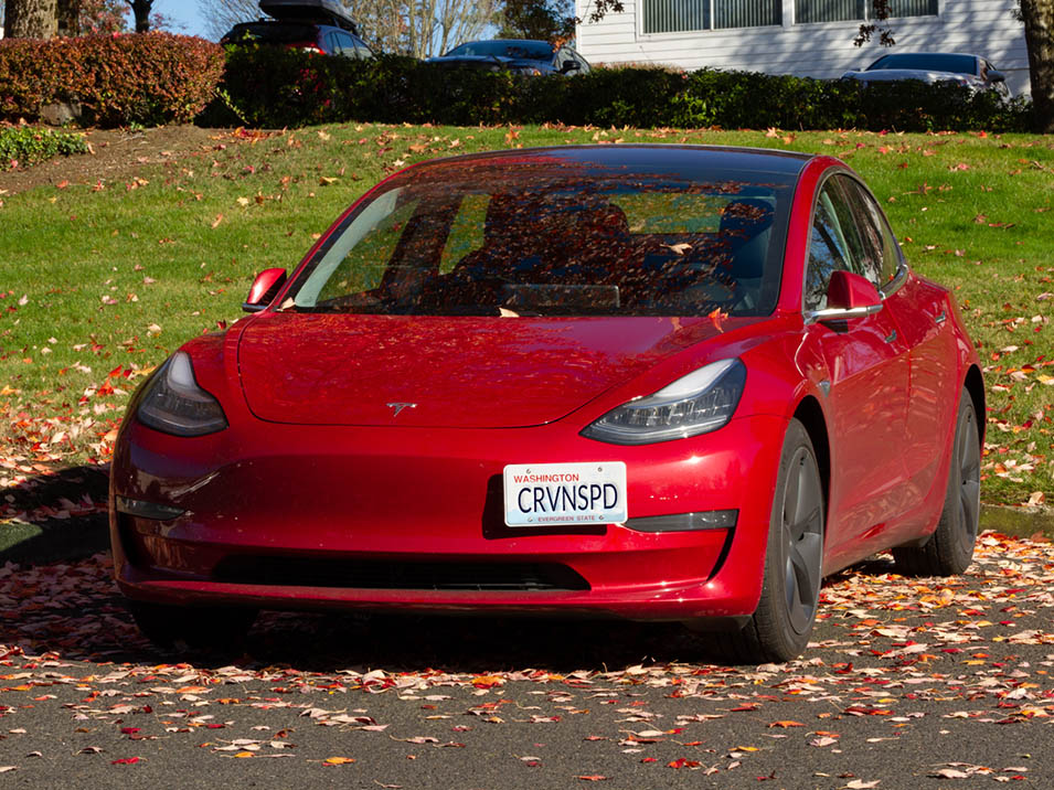 Red MODEL 3 Tesla Stainless Steel Black License Plate Frame W// Bolt Caps