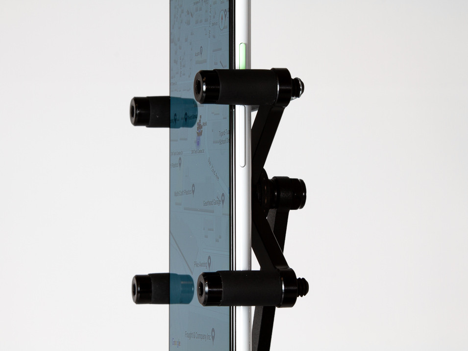 Scissor holder for the CravenSpeed Gemini Phone Mount for MINI Cooper R53 holding a Pixel 3XL.