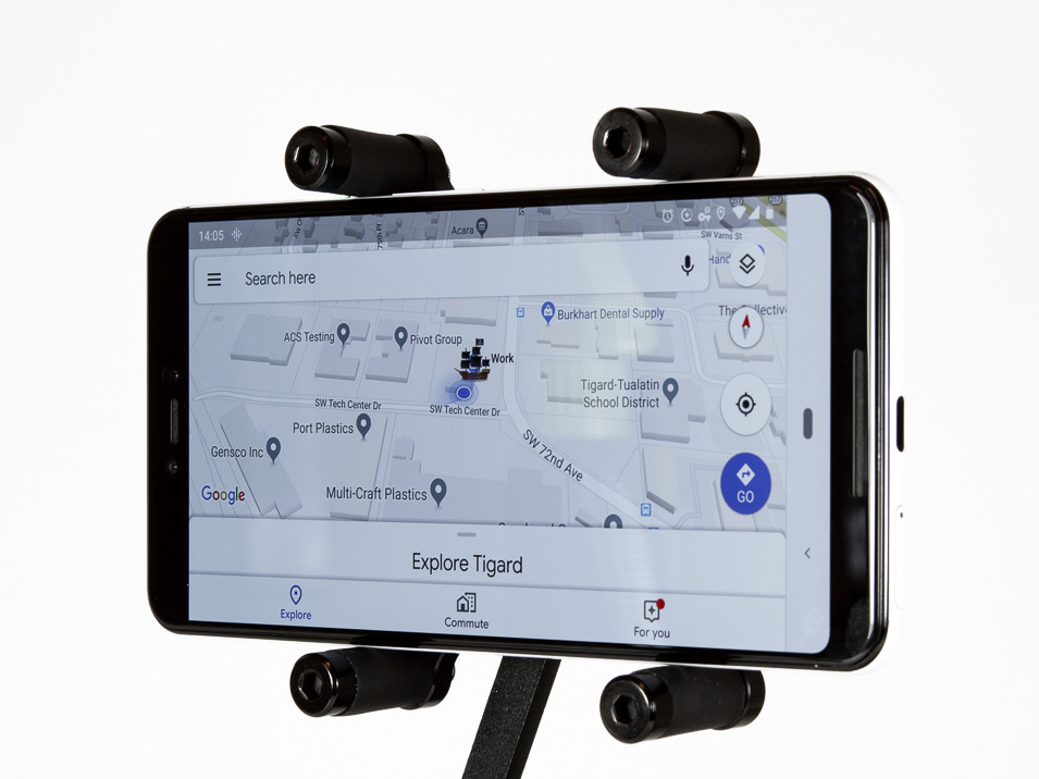 Scissor holder for the CravenSpeed Gemini Phone Mount for MINI Cooper F56 holding a Pixel 3XL.