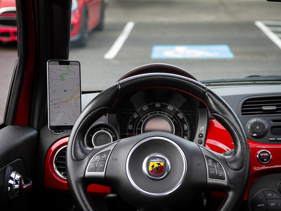 Driver position view of the Gemini Mount for Fiat 500