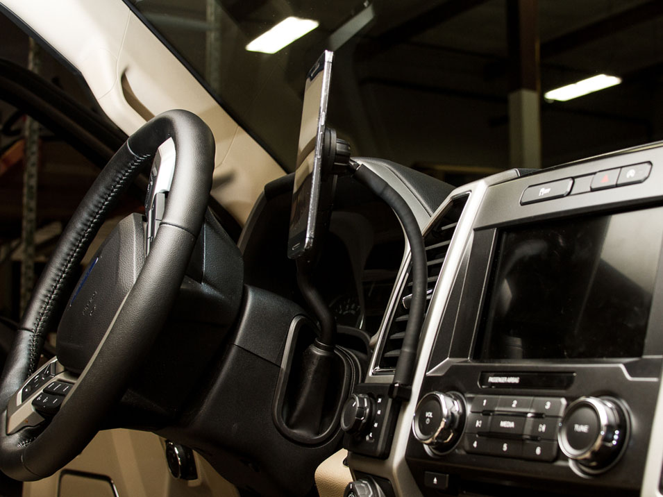 Side view of the CravenSpeed Gemini Phone Mount in a 13th Gen F-150 using the magnet module