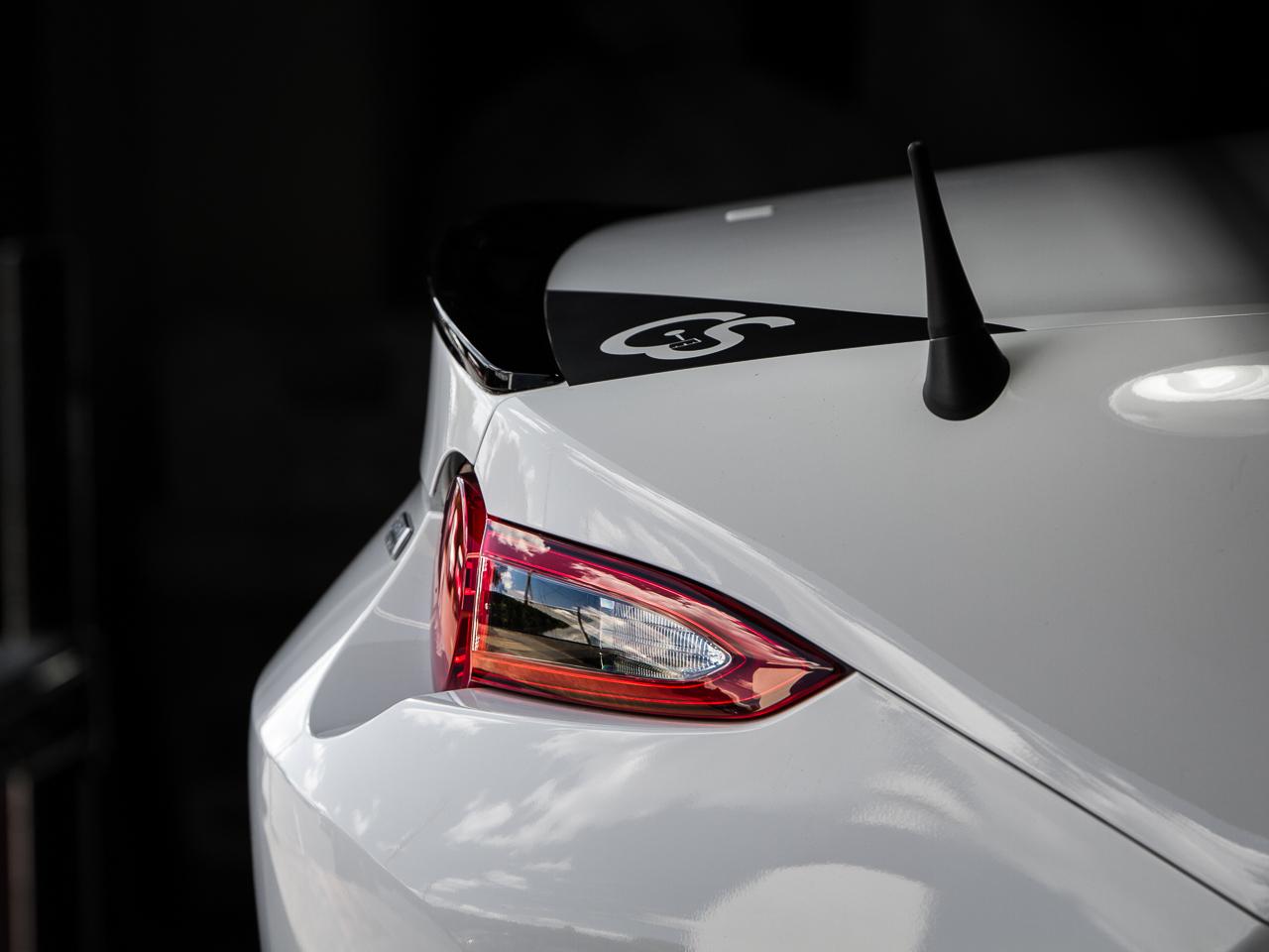 CS-AA313-246 The Original Stubby Antenna Replacement for 2016-2015 Mazda Miata Installed
