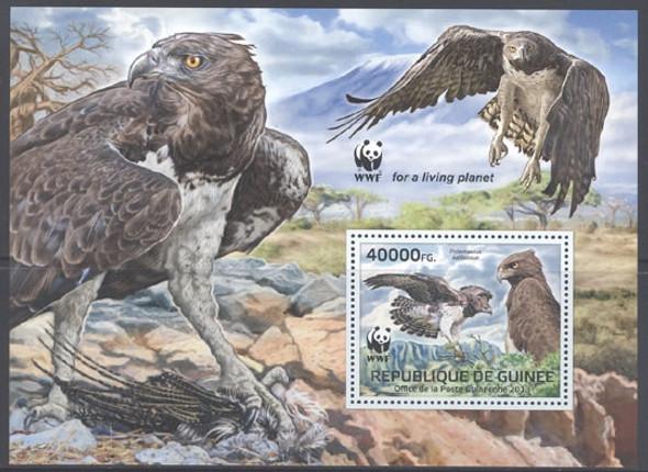 GUINEA: WWF Martial Eagle souvenir sheet