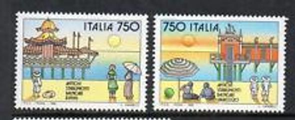 ITALY (1992) Beach, Resort (2v)