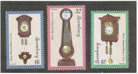 Luxembourg (1997)- Antique Clocks (3v)
