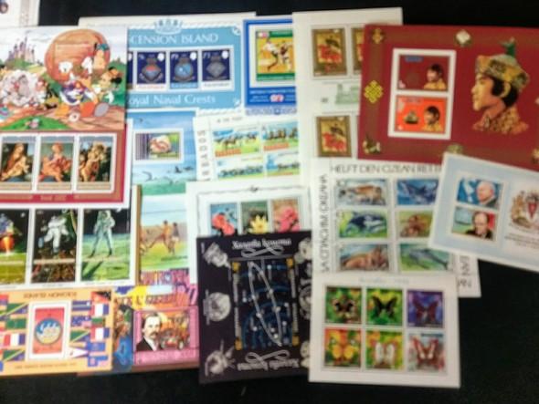 WORLDWIDE Tpical Sheet Souvenir Sheet Lot 85 Items Big Value !