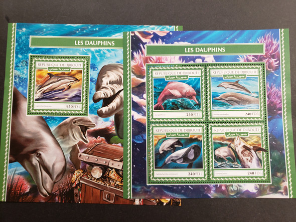 DJIBOUTI (2017) Dolphins Jumbo Deluxe Sheet & souvenir sheet