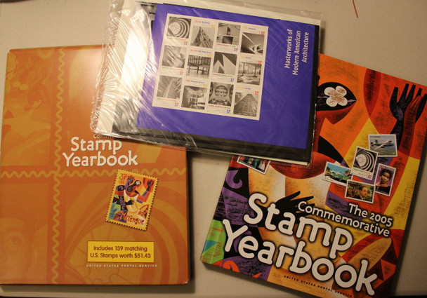 USPS 2005 COMMEMORATIVE STAMP YEAR BOOK--139 STAMPS W/FACE VALUE>$51!