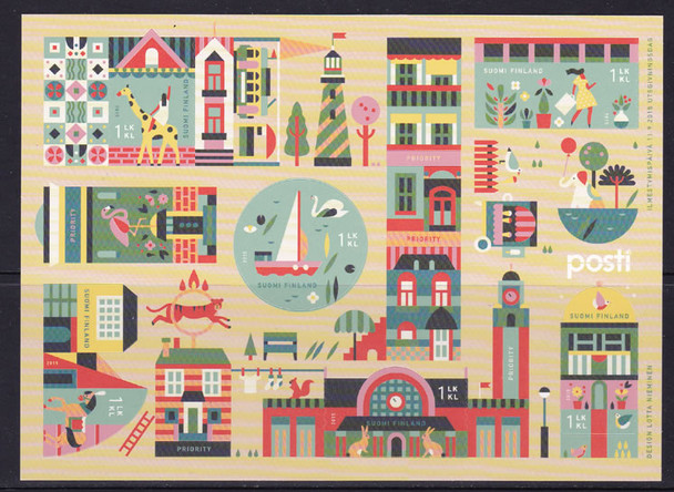 FINLAND (2015) : Autumn Animal Town- Sheet of 6- odd shapes
