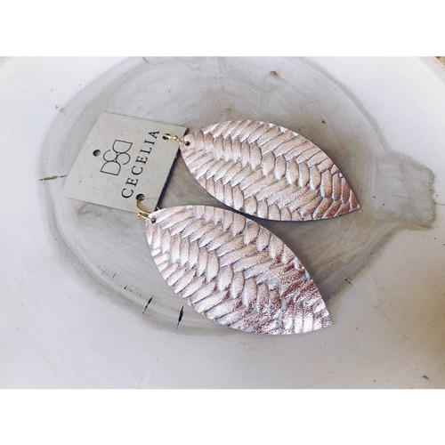 S97 CECELIA LEATHER FEATHER EARRING