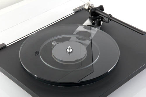 Rega Planar 6 Turntable without Cartridge