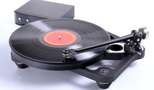 Rega Planar 8 Turntable With Apheta 3 Cartridge