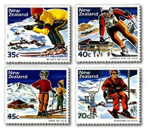 1984 Scenic - Skiing