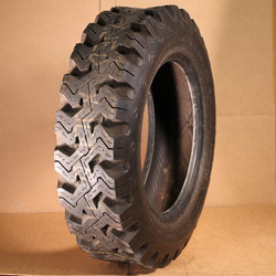 8.00-16.5 Goodyear Xtra Grip Truck Tire