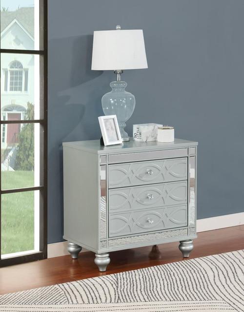Gunnison Collection - Gunnison 2-drawer Nightstand Silver Metallic