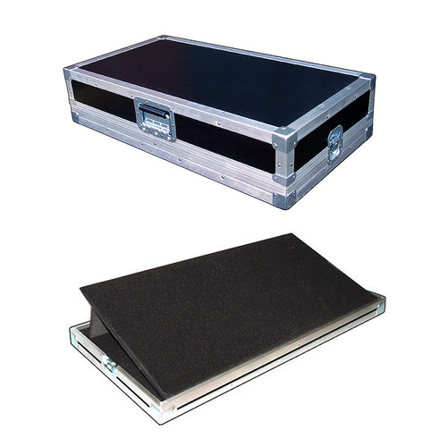 """Pop Up and Tilt Pedal Board in 3/8"""" Ply ATA Case - Unique! - 24 Inch"""