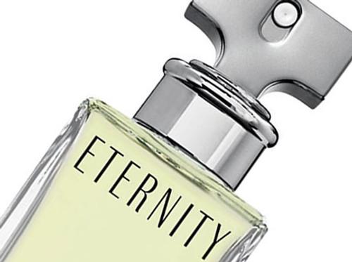Eternity by Calvin Klein Eau De Parfum Spray For Women 6.7oz