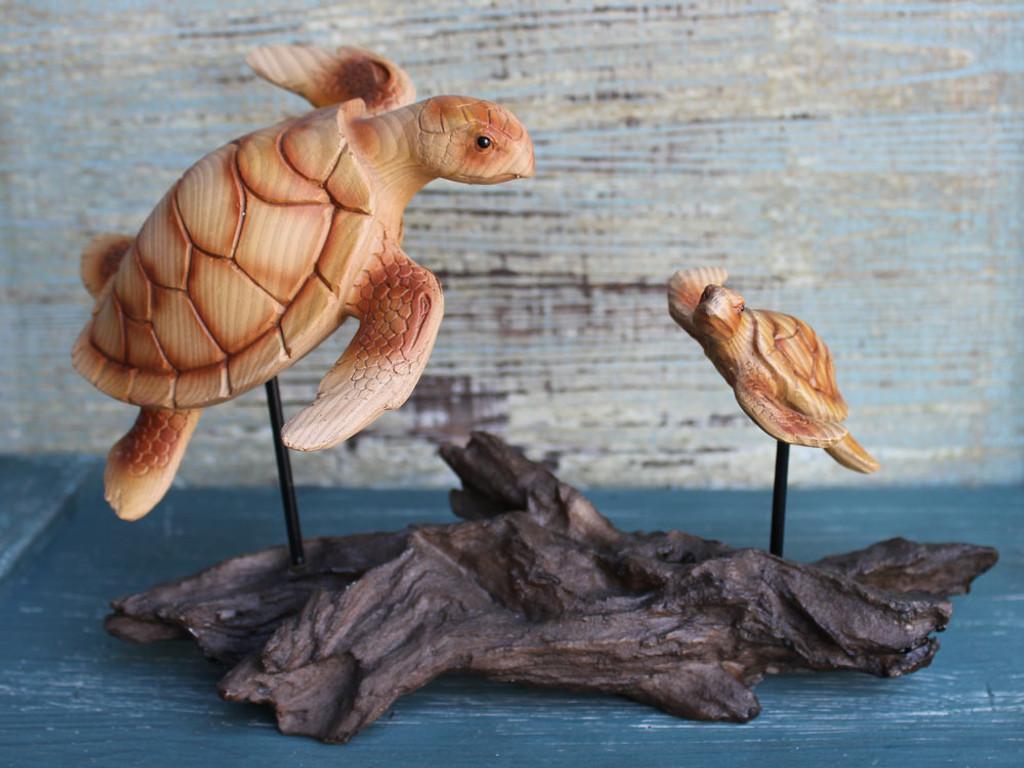 Mama & Baby Sea Turtle Figurine