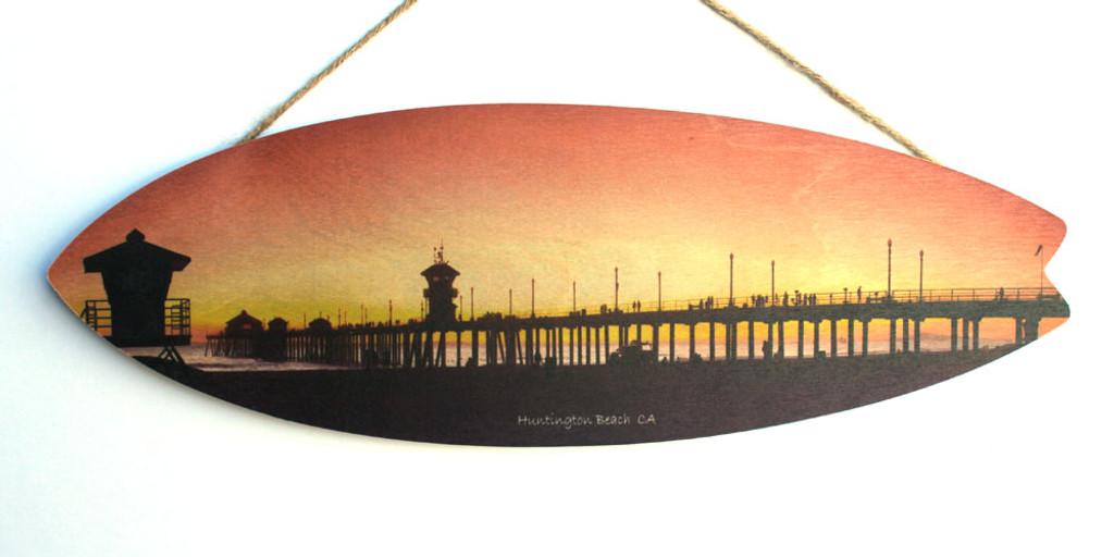 Huntington Beach Pier & Lifeguard Tower