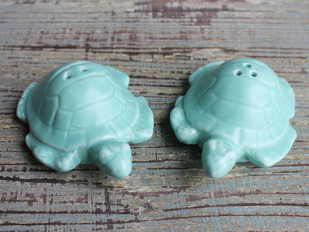Turtle Salt & Pepper Shakers