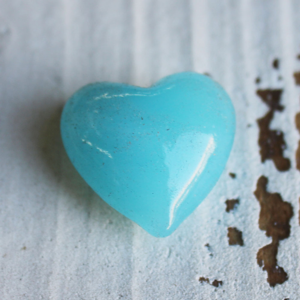 Single Aqua Blue Heart