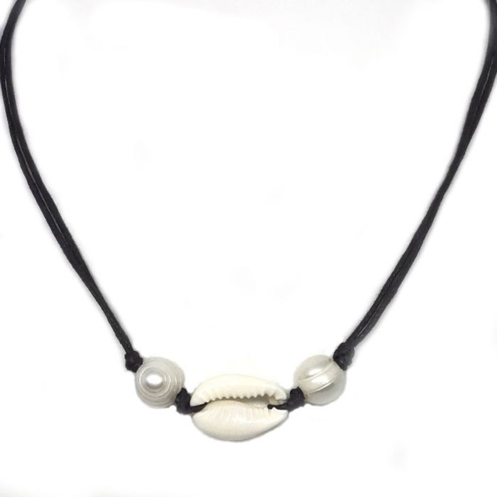 Cowrie Pearls Necklace