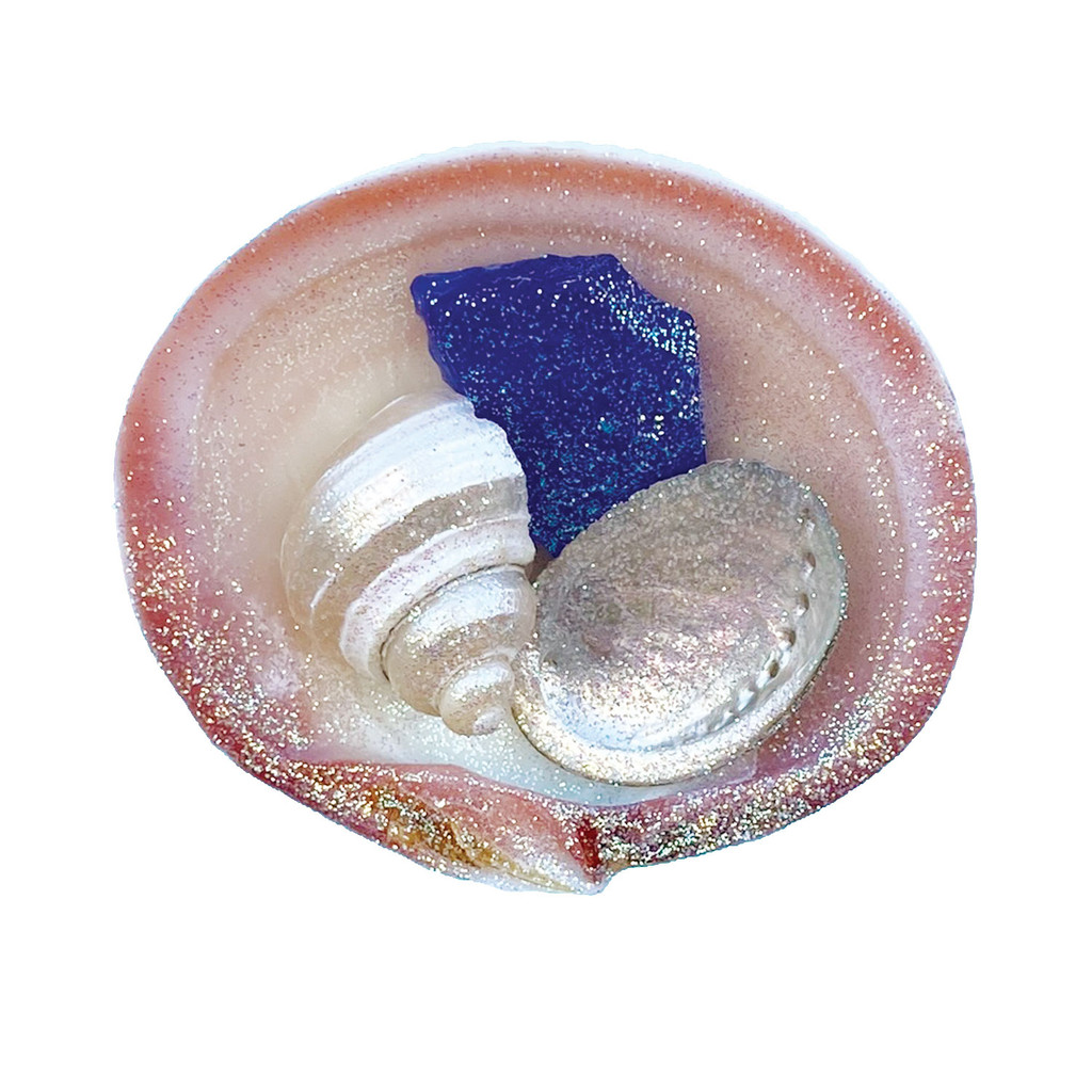 Tegrina Clam with Dark Blue Sea Glass Magnet